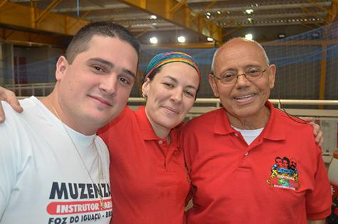 2013 - Prof. Fábio, Contramestre Monise, e Mestre Gladson em SP